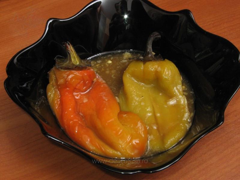 Salată de ardei copţi I