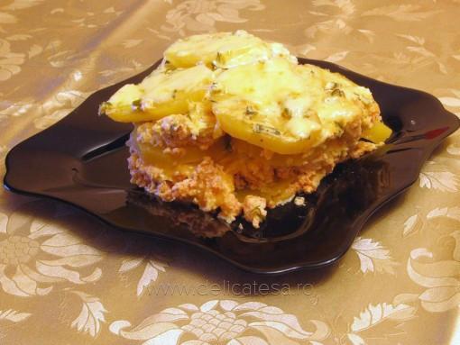Musaca de cartofi cu piept de pui