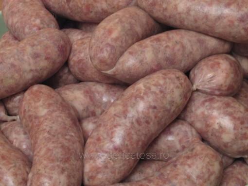 Cârnaţi din carne de porc şi vită
