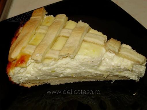 Tartă cu brânză proaspătă
