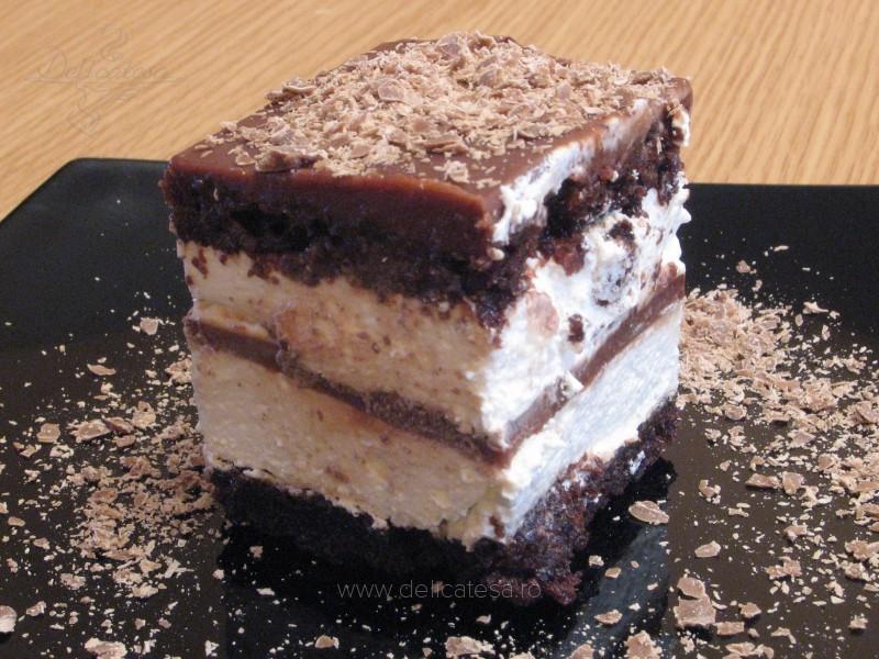 Prăjitură cu frişcă şi ciocolată