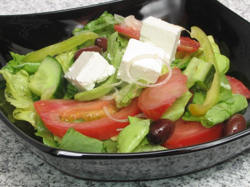 Salată grecească ţărănească