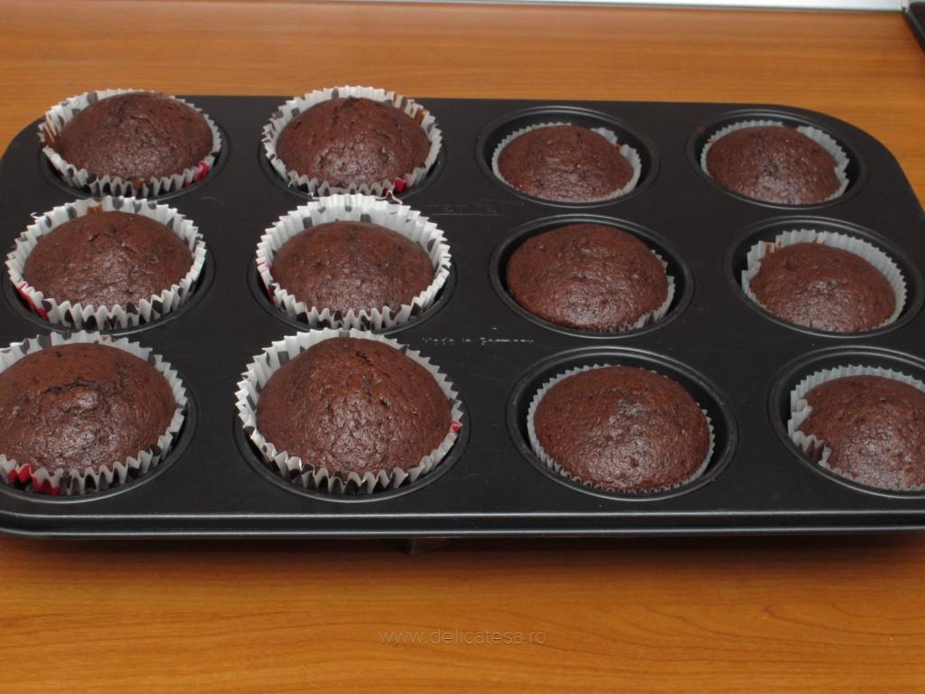 Brioşe de ciocolată