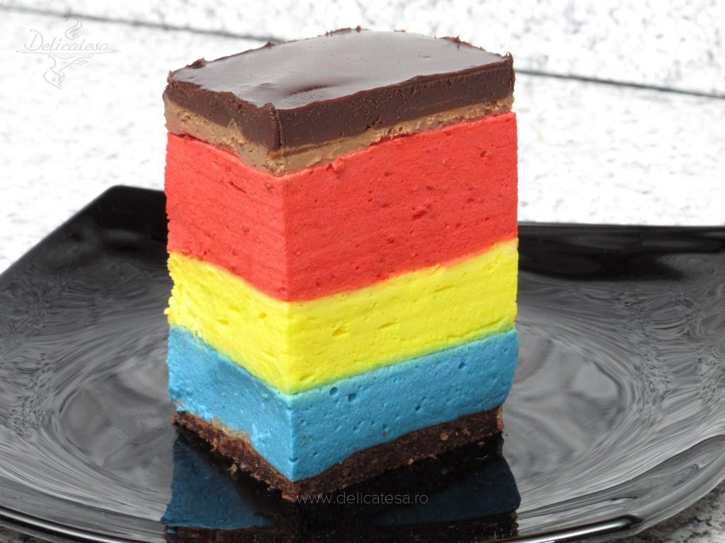 Tort mousse tricolor