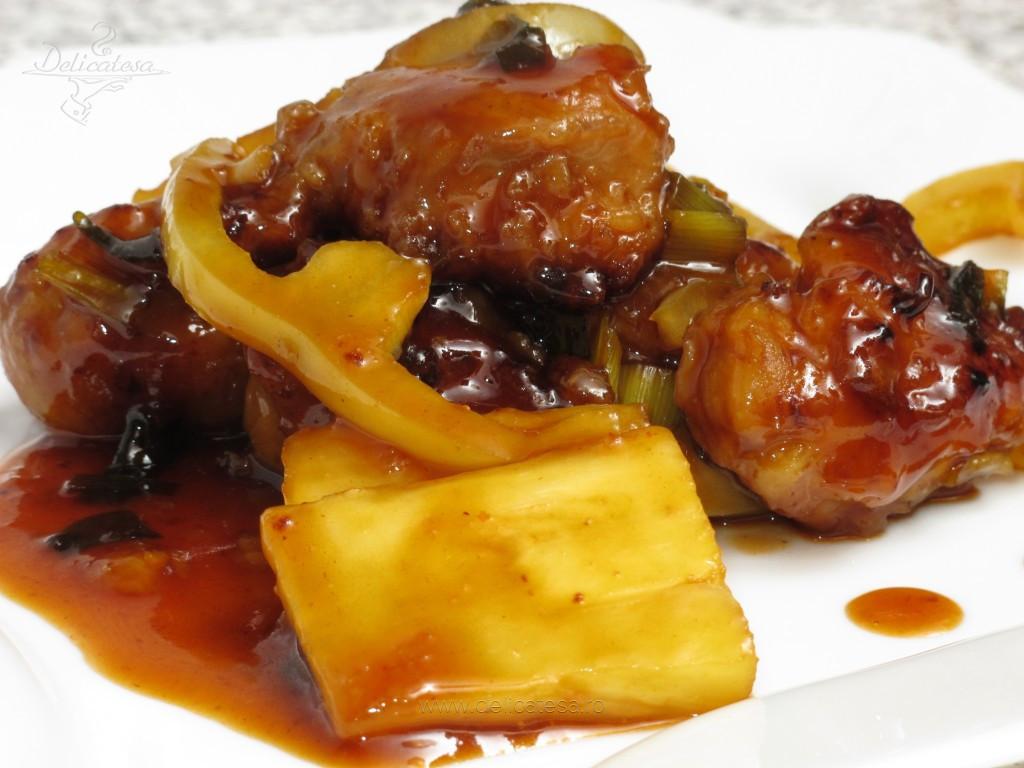 Porc cu sos dulce acrişor în stil chinezesc