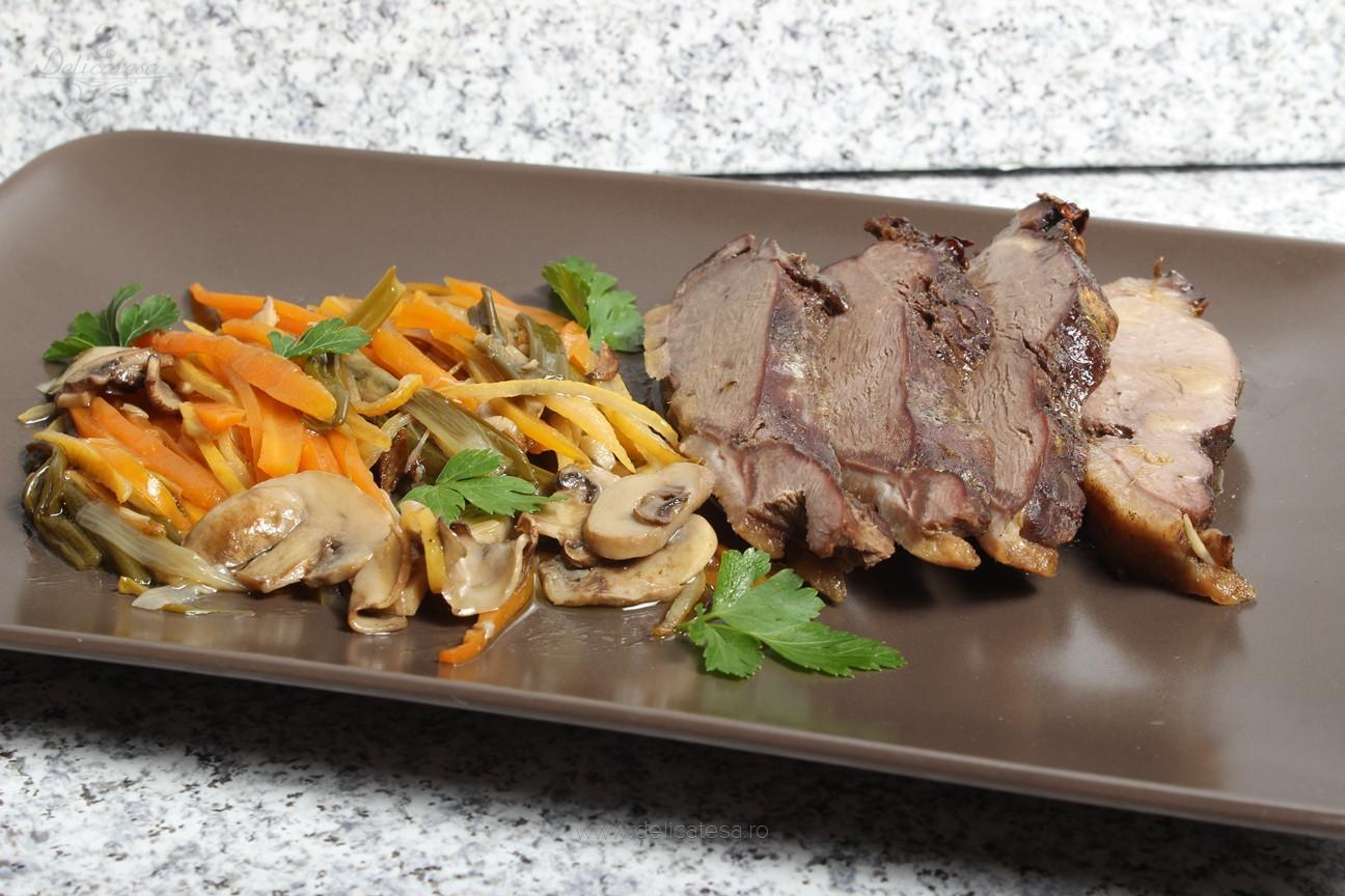 Piept de raţă la cuptor în stil asiatic