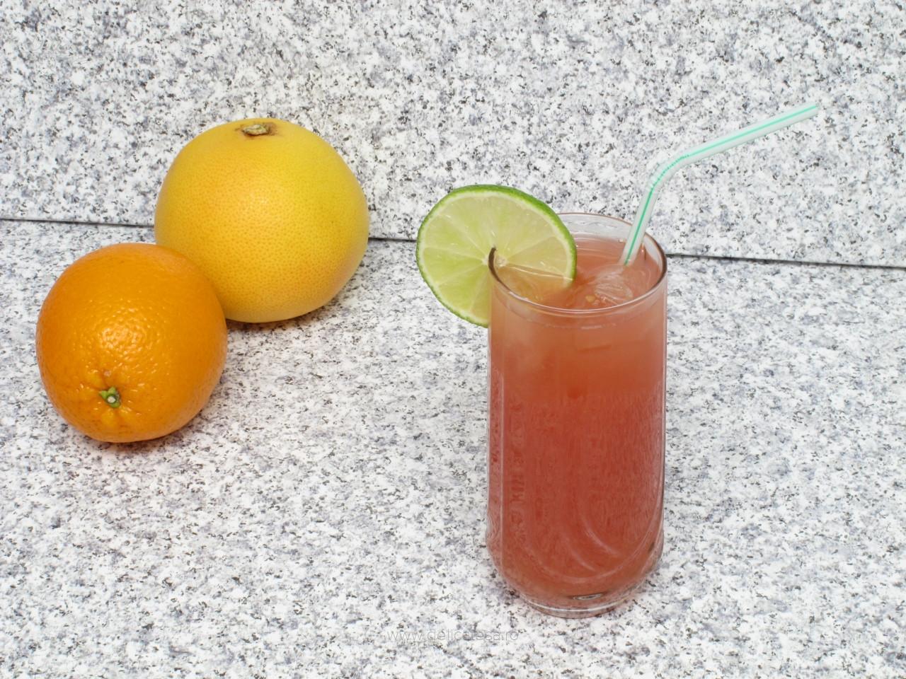Cocktail de merişoare, portocale şi grepfruit