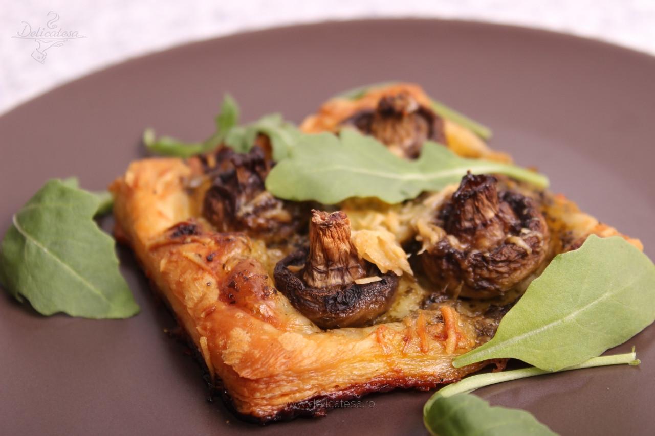 Tartă cu ciuperci și pesto