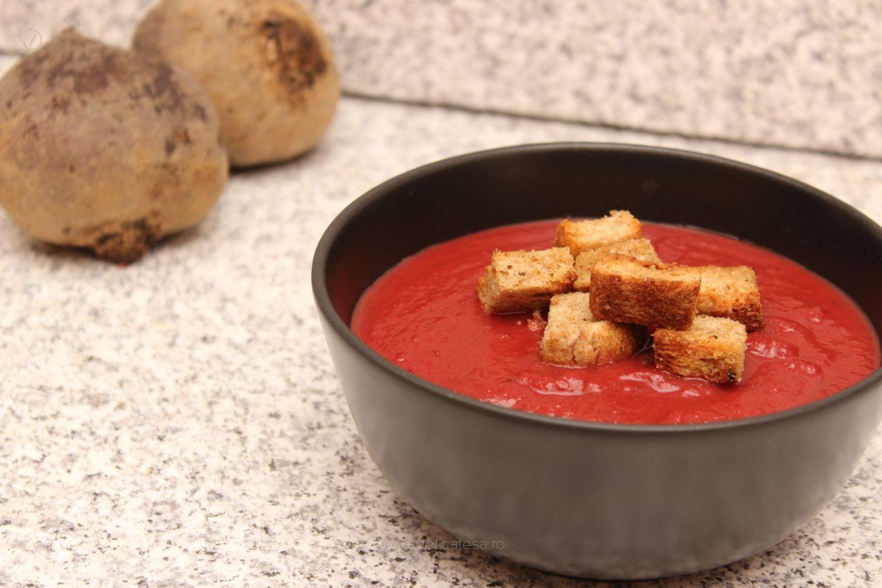 Supă cremă de sfeclă roșie