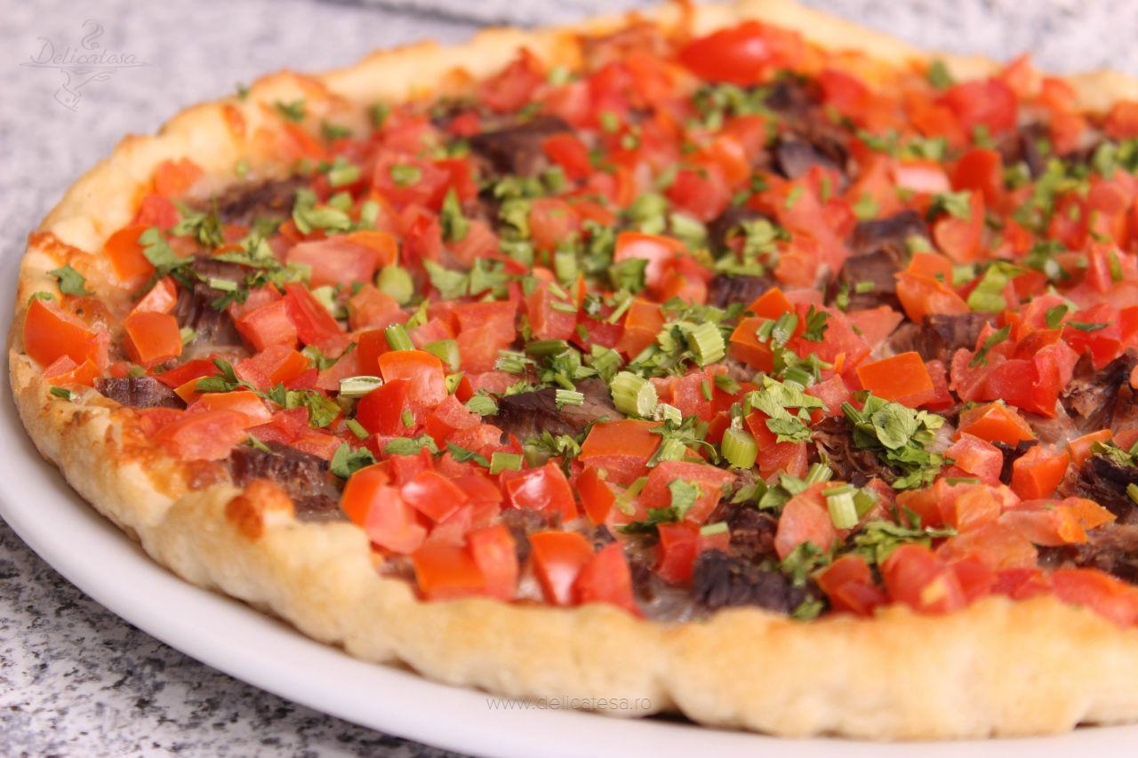 Pizza orientală cu carne de vită
