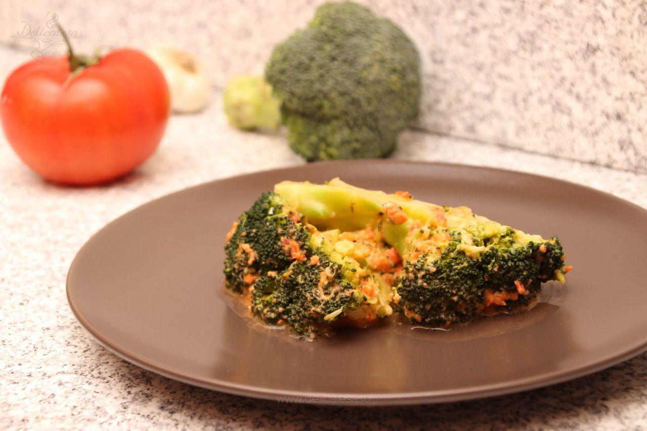 Broccoli în sos rece de roșii