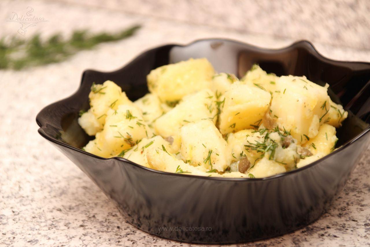 Salată de cartofi cu capere