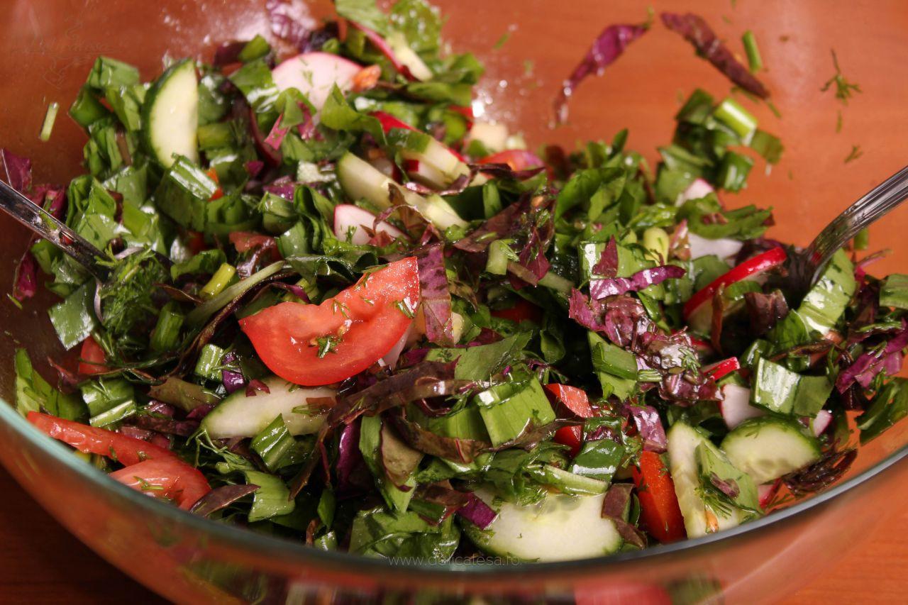 Salată de leurdă cu lobodă